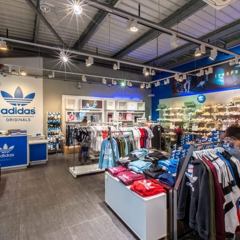 Eclairage boutique Adidas Pau